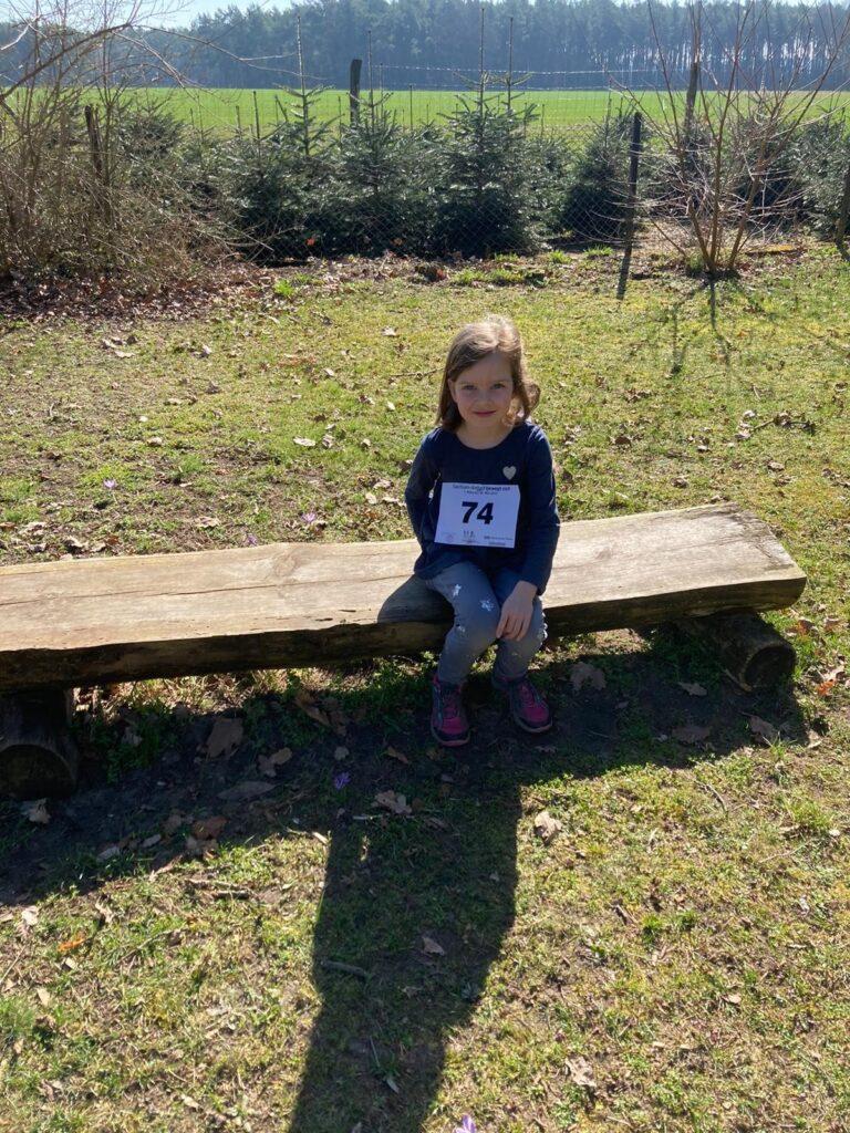 Hallo LSA-Bewegt sich- Team, mein Tochter Marie hat den 200m Kitalauf mitgemacht. Vielen Dank dafür, dass ihr sowas auf die Beine gestellt habt. Sport Frei Johannes W.